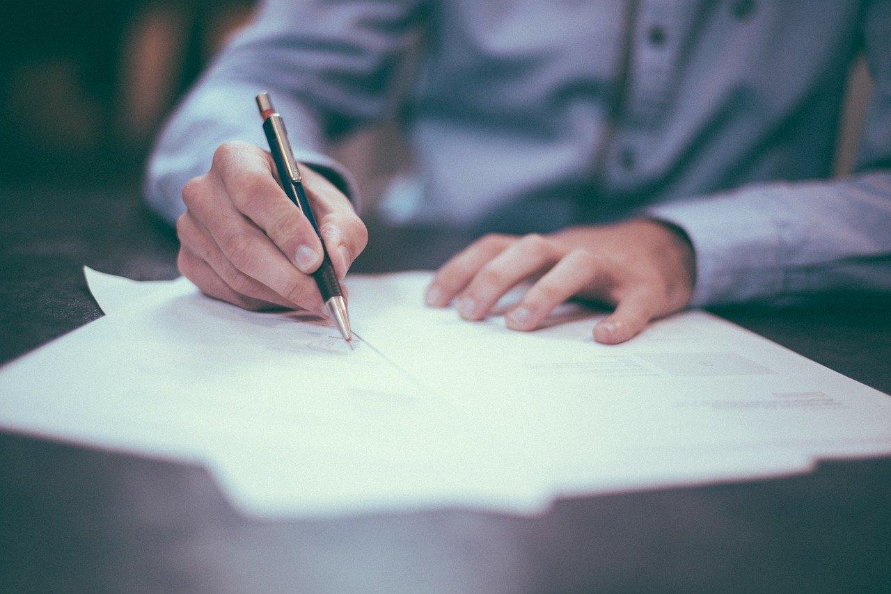 Wypowiedzenie umowy z pracy w UK